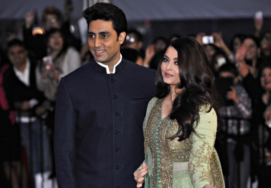 Aishwarya Rai celebrates Karva chauth via Skype with Abhishek Bachchan
