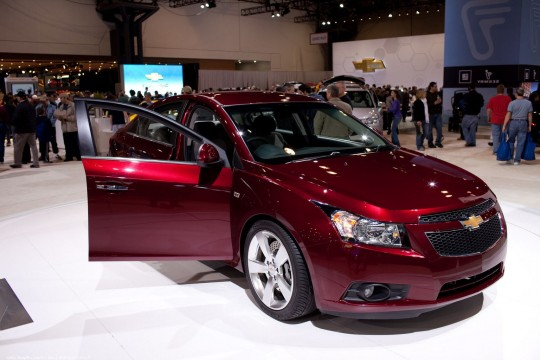 Chevrolet Cruze price in India, review and features