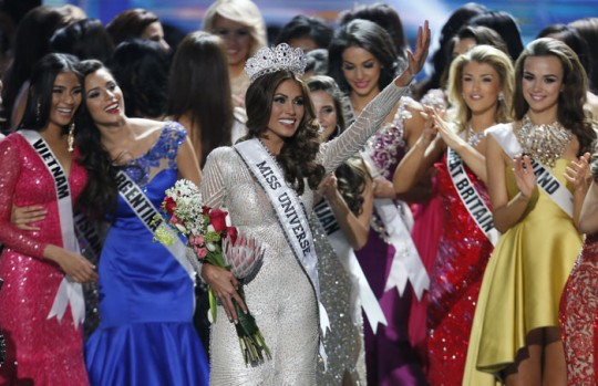 Photos: Gabriela Isler crowned Miss Universe 2013 in Moscow