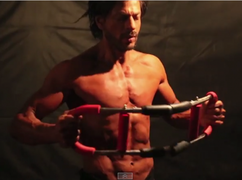 Video: Shahrukh Khan builds 8-pack abs for 'Happy New Year'
