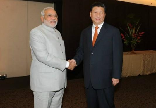 Narendra Modi Welcomes Chinese President XI Jinping at Ahmedabad