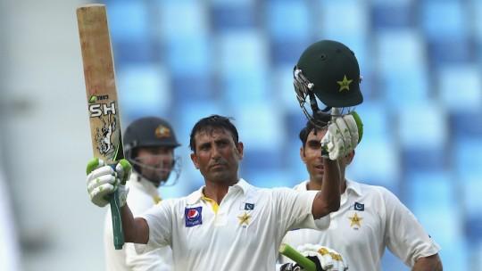 Pak vs Aus 1st Test 2014 Day 2: PTV Sports live streaming info & highlights