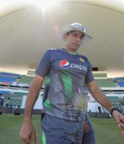 Misbah going for the toss