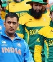 Dhoni back for Ind vs SA 2015