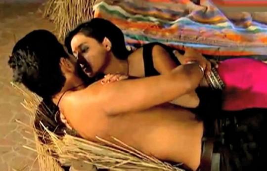 Pratysha Banerjee hot