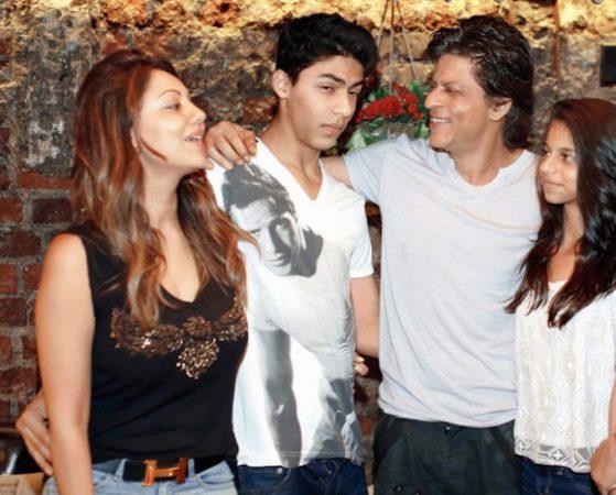 SRK Family 01