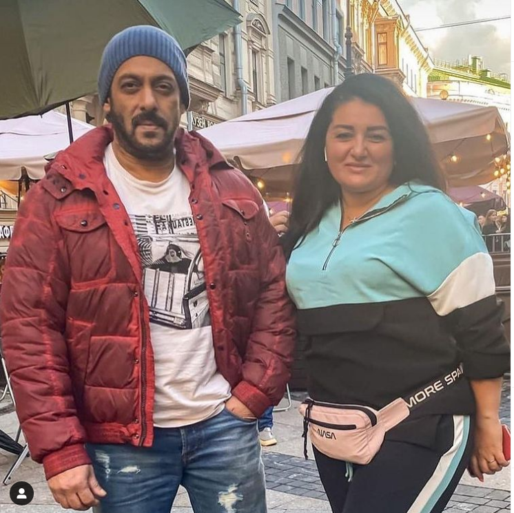Salman Khan's photos from the sets of 'Tiger 3' go viral